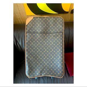 "Louis Vuitton 28""x17.5""x8.5"" Huge Roller Luggage"
